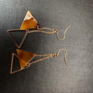 Jewelry - Triangle drop earring